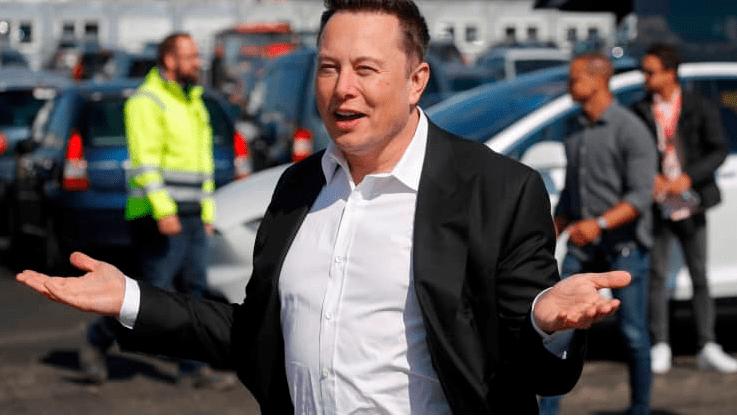 Илон Маск основатель и директор Тесла приехал на строительство гигафабрики в Германию